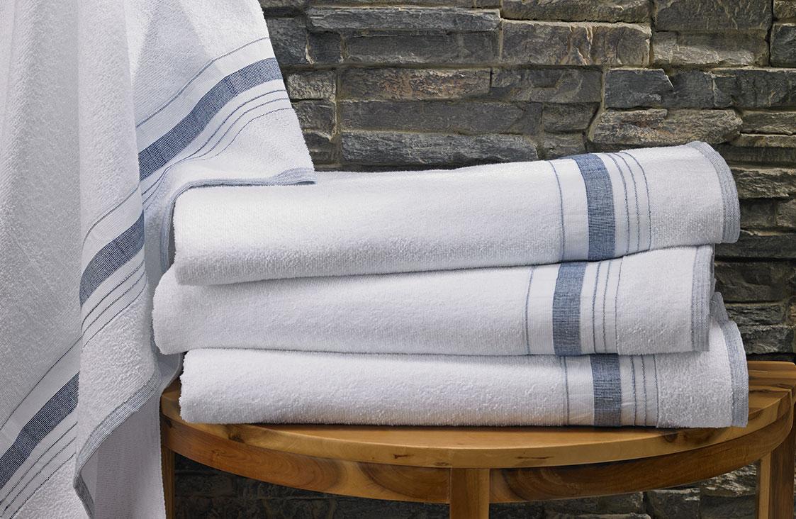 Buy Luxury Hotel Bedding From Marriott Hotels Pool Towel