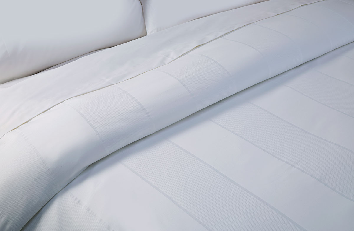 Hotel Bedding buy luxury hotel bedding from marriott hotels - bird's eye stripe