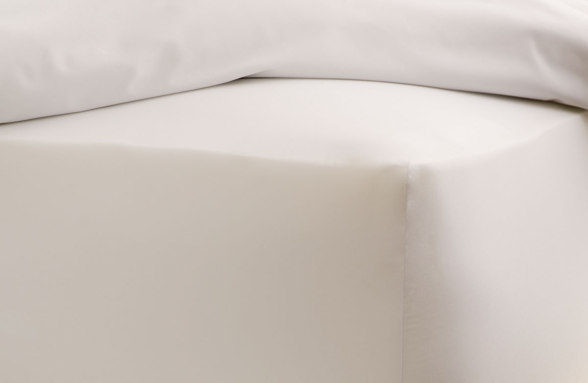 Hotel Bedding buy luxury hotel bedding from marriott hotels - signature fitted sheet